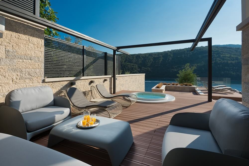 Villa Vlastelini II - terrace and jacuzzi